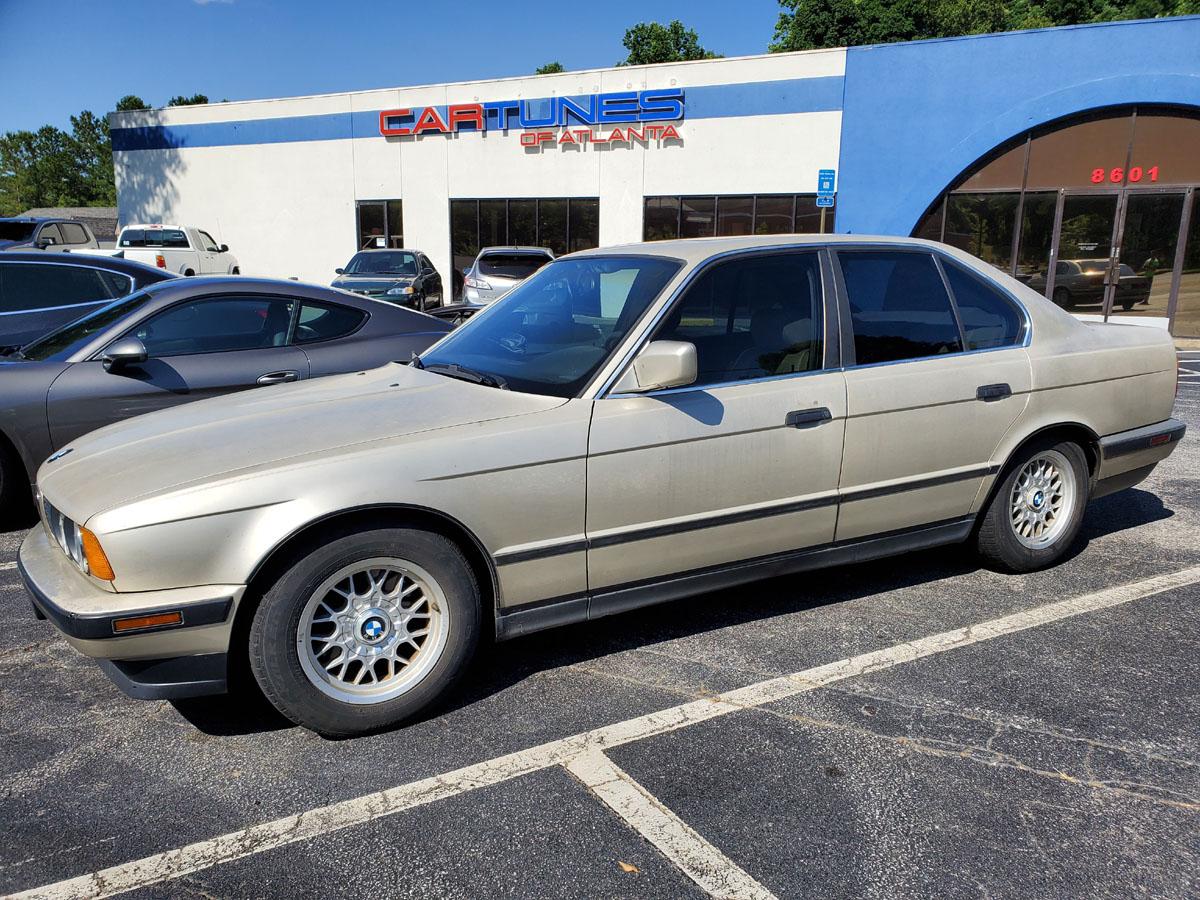Old School BMW 5 series